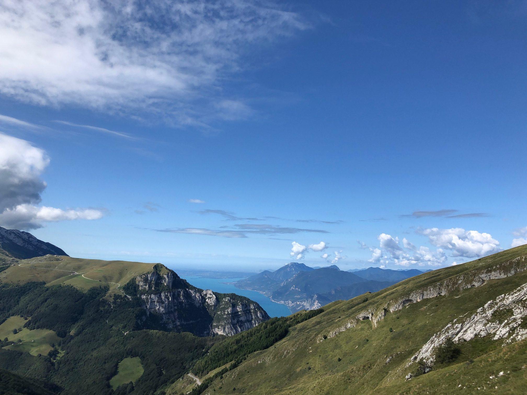 Al Rifugio Altissimo dal Rifugio Graziani